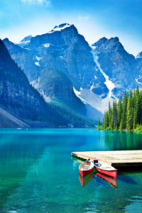 Picture of Lake Moraine with a mountainous backdrop